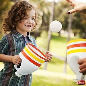 Spiele Für Kleinkinder Drinnen : fangspiel aus waschmittelflaschen fetzengaudi f r drinnen und drau en pinterest ~ Frokenaadalensverden.com Haus und Dekorationen