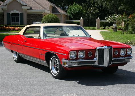 1970 Pontiac Bonneville Right Front