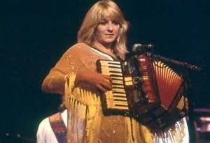 19 best Christine McVie images on Pinterest | Stevie nicks ...