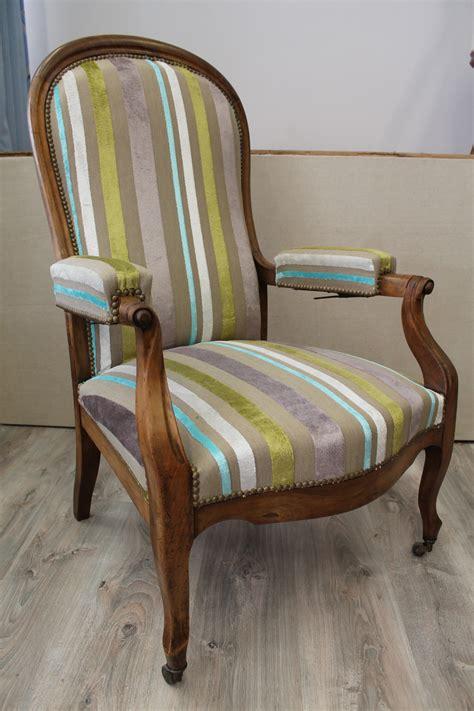 tapisser un fauteuil voltaire quel tissu pour fauteuil voltaire fauteuil 2017