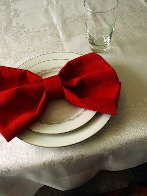bow napkin tutorial   decorating ideas