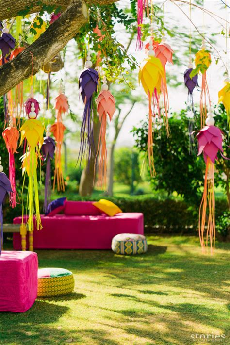 best ways to use paper creatively in your wedding decor