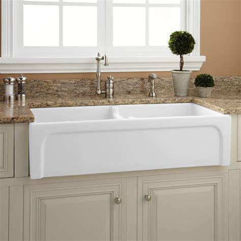 another word for sink farmhouse sink and apron sink are they the same