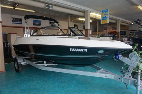 Used Bowrider Boats For Sale Bc by 2017 Bayliner 175 Bowrider Boat For Sale 17 Foot 2017