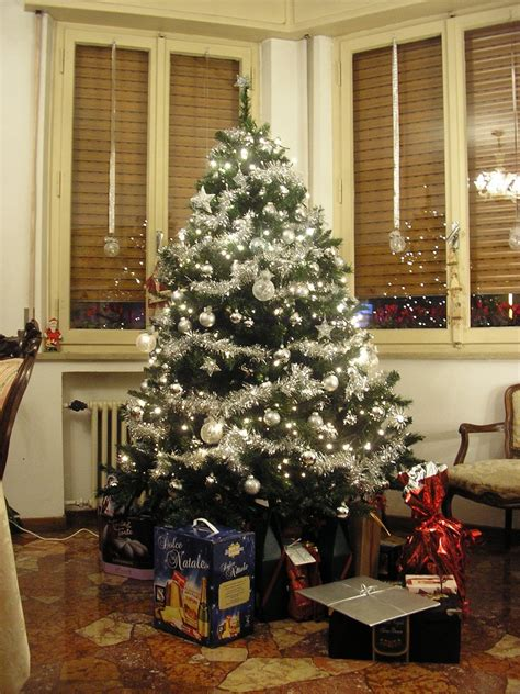 top trends in christmas decorations for 2012 christmas
