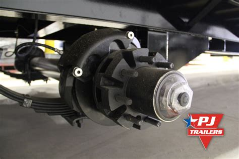 Boat Trailer Axle With Disc Brakes by Pj Trailers Hydraulic Disc Trailer Brakes