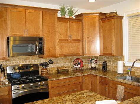 how to choose kitchen backsplash venetian gold granite for stunning home design
