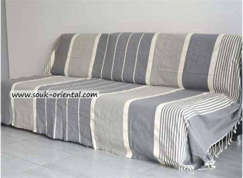 jetée de canapé jetée de canapé lit fouta gris clair ée ivoire