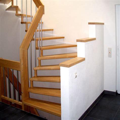 Alte Holztreppe Verschönern by Holztreppen Modernisieren Bucher Treppen Das Original