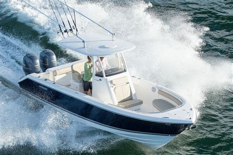 Boat Center Console Hatches by 2017 Pursuit C 260 Center Console Power Boat For Sale