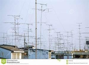 Auf Dem Dach : antennen auf dem dach stockfoto bild von dach aufnahme 39080486 ~ Frokenaadalensverden.com Haus und Dekorationen