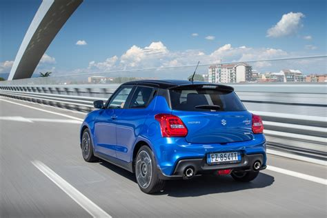 Light as a feather with crisp steering and a rigid chassis, the swift is unexpectedly fun and easy to drive. Suzuki Swift Sport Hybrid, prova della sportiva col turbo ...