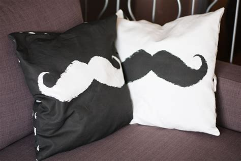 Easy Mustache Pillow Cases