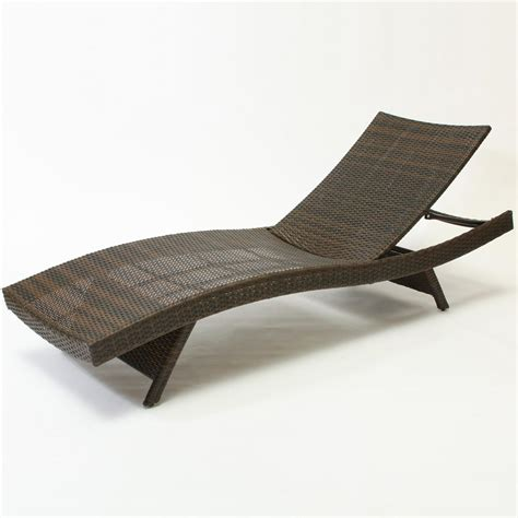 what is a chaise wicker chaise lounge chaise lounge caravan barcelona