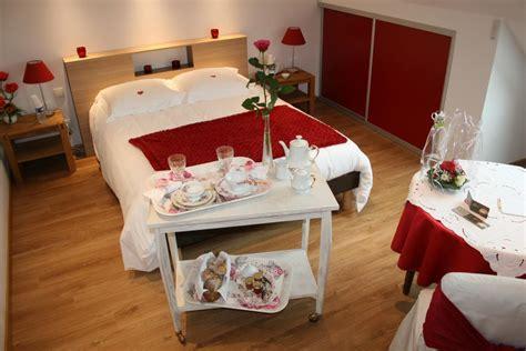 fleurs dans une chambre location chambre d 39 hôtes la maison magdala réf 4175 à
