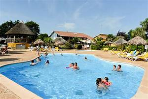 camping landes piscine piscine chauffee et couverte With camping chatelaillon plage avec piscine