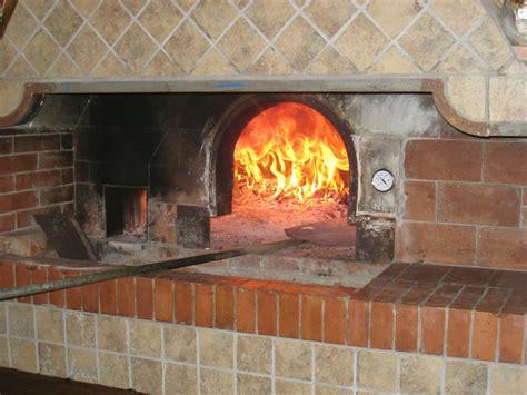 Holzofen Richtig Einstellen by Italienischer Pizzateig Rezept Chilirezept De