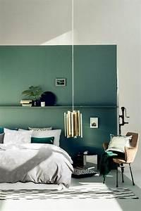 deco salon mur double couleur blnac bleu chambre a With couleur mur salon tendance