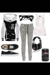 Cute and Comfy Lazy-Day Outfit