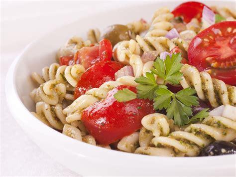 salade de p 226 tes au pesto recette de salade de p 226 tes au pesto marmiton