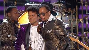 The Time and Bruno Mars pay tribute to Prince, shine a ...