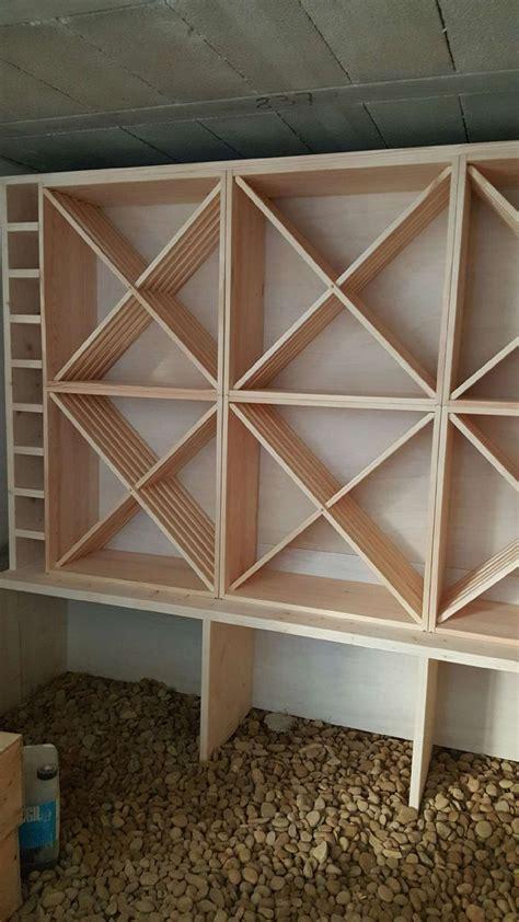 cave a vin de cuisine idée relooking cuisine casiers pour bouteilles casier