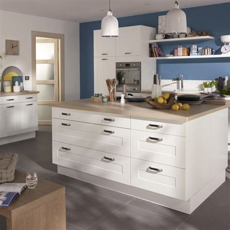 castorama carrelage cuisine cuisine kadral en bois blanc castorama prix 599
