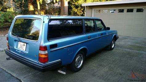 volvo  dl wagon  preserved great   volvo