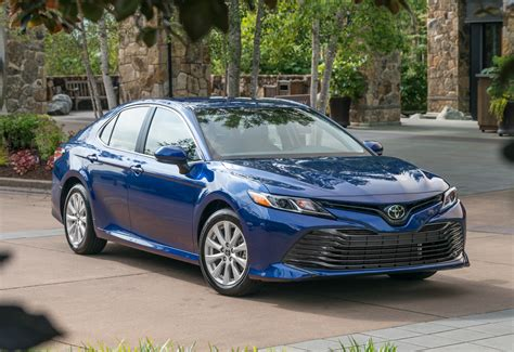 toyota camry first drive 2018 toyota camry testdriven tv