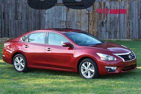 car nissan altima 2014 nissan altima reviews and rating motor trend