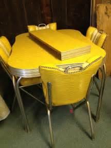 retro kitchen furniture 1950s style retro dining set formica table 4 retro vinyl hairstyles