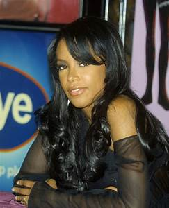 Aaliyah Curly Hairstyles