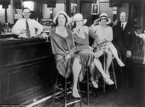 photos show new york city s prohibition era speakeasies daily mail online