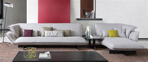 Poltrone E Sofa 1 Week Collection : Cassina 550 Beam Sofa System