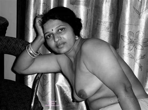 Actress Sukanya Nude