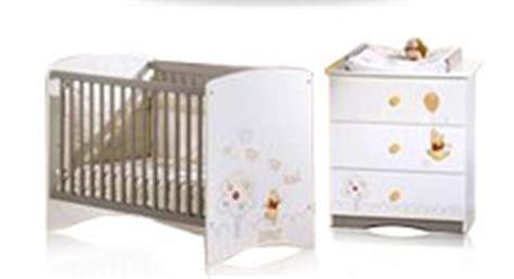 chambre bebe cora chambre bebe promo cora table de lit