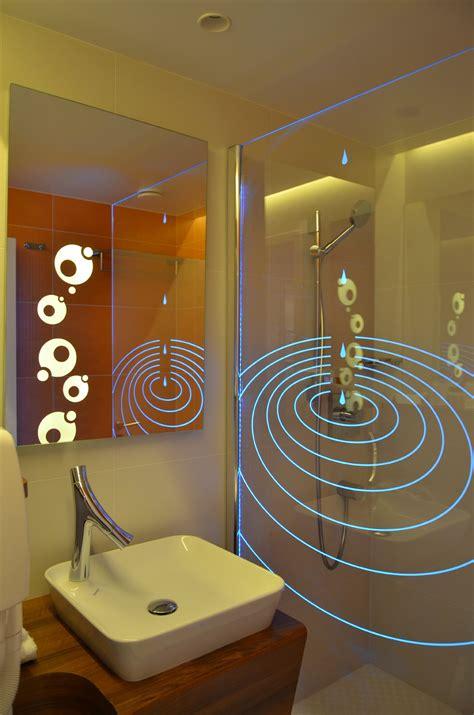 pareti per doccia parete per doccia in vetro con led inspiration by