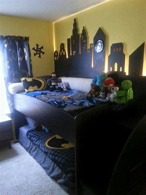 batman bedroom pic    batman bedroom decor batman