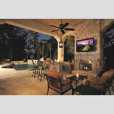 6 Musthaves For Your Outdoor Entertainment System