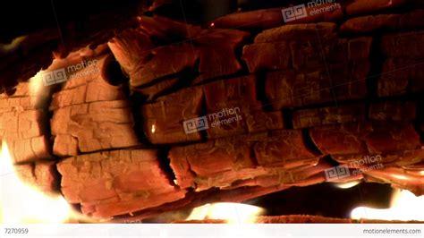 loop burning yule log on closeup