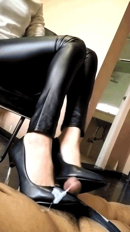 High Heel Wank Zeba22