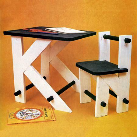 construire un bureau en bois construire un bureau d 39 enfant en bois