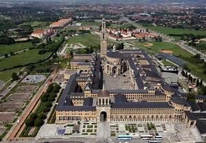 La Universidad Laboral de Gijón, el símbolo arquitectónico ...