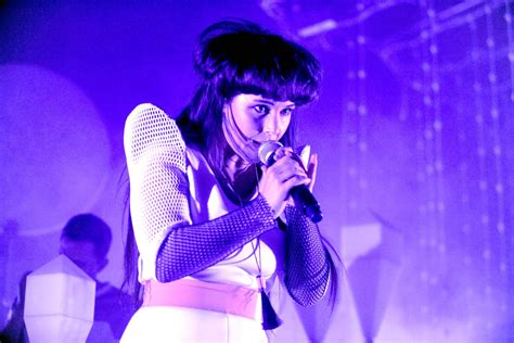 chelsea ring purity ring o2 shepherd 39 s bush empire electro pop from a