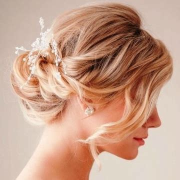 amazing wedding hairstyles for medium length hair