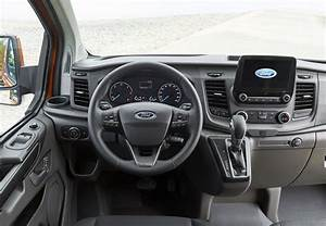 Ford Transit Custom 6 Places : download ~ Dallasstarsshop.com Idées de Décoration