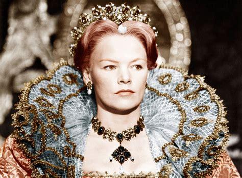 Glenda Jackson returns to stage as King Lear in gender ...