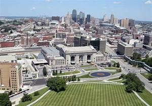 File:Downtown Kansas City, Missouri from Liberty Memorial ...