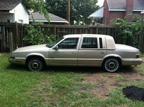 1993 Chrysler Imperial by Buy Used 1993 Chrysler Imperial Base Sedan 4 Door 3 8l In