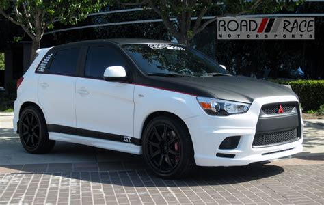 Mitsubishi Outlander Custom by Mitsubishi Outlander Turbo Photo 08 T O Y S N O T F O R
